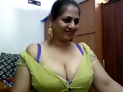 Beautiful Indian Bhabhi Webcam